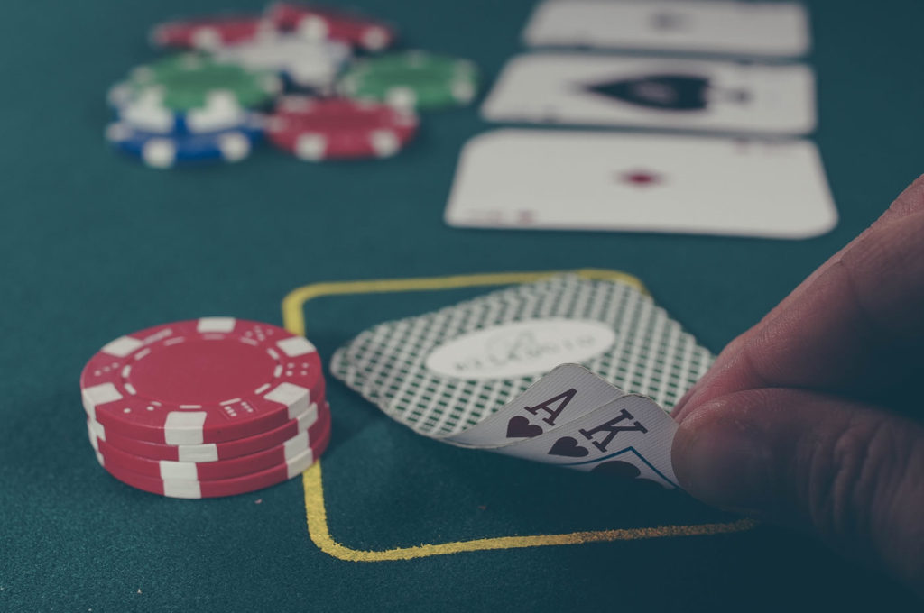 ポーカーを練習